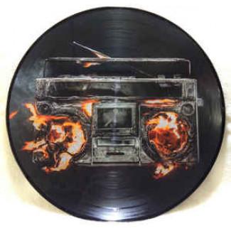 Revolution Radio (Picture)
